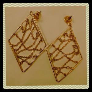 🎂 2/$15 Gold Dangle Earrings